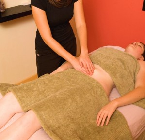 tara-doing-fertility-massage